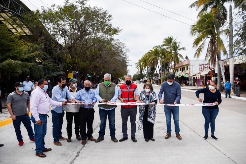 Reaperturan autoridades de Ahome calle Ignacio Zaragoza en Los Mochis
