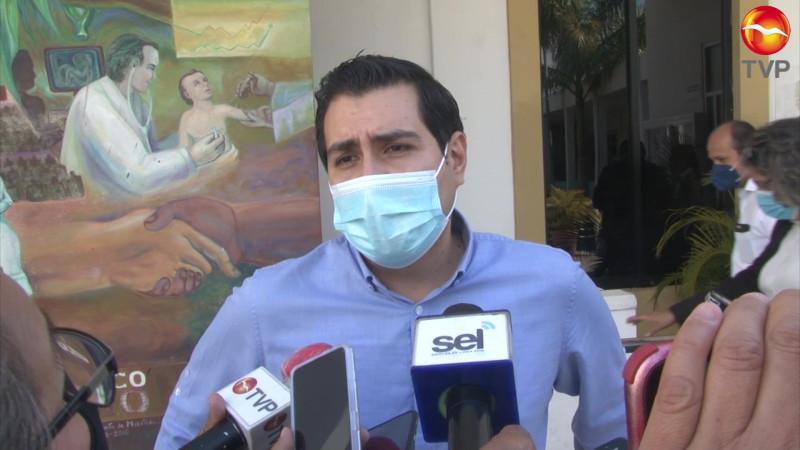 Sale Humberto Álvarez de la Dirección del IMDEM