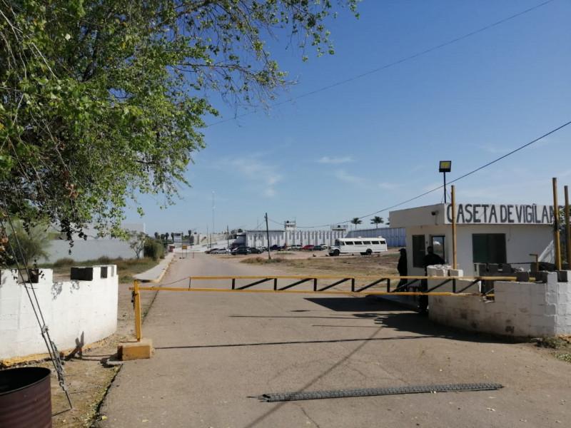 Reportan fuga de un interno del penal en Los Mochis