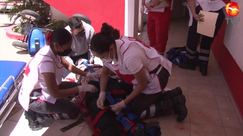 Ponen a prueba a socorristas en Mazatlán
