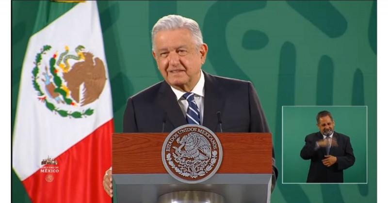 """Este martes se dará una """"buena noticia"""" sobre la vacuna mexicana """"Patria"""" de Covid-19: AMLO"""
