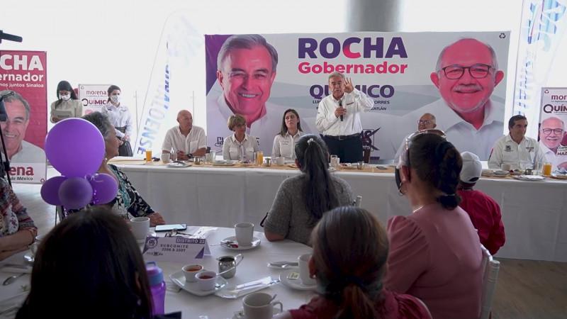 Contra la discriminación de la mujer se pronuncia Rocha Moya