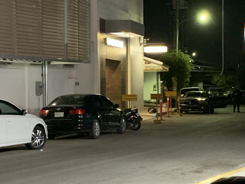 Balacera en clínica particular de Culiacán deja un muerto