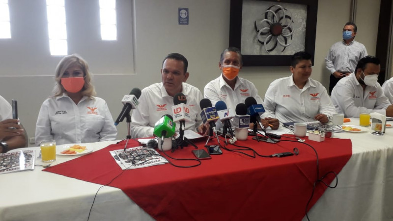 Critica Sergio Torres gastos y actos de sus contrincantes en la carrera por la gubernatura de Sinaloa