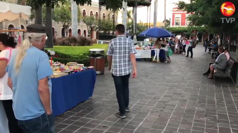 Reubicarán a artesanos tolerados de la Machado