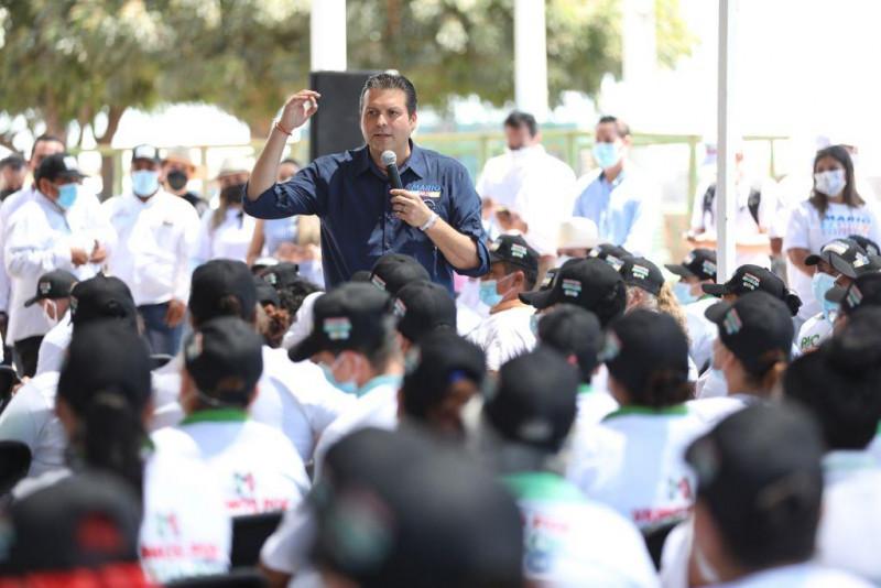 Ofrece Mario Zamora mil motores marinos para pescadores
