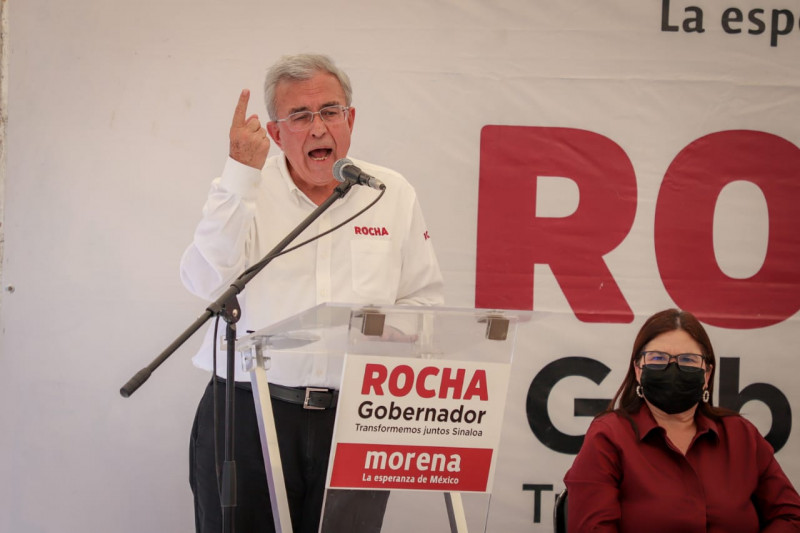 Quirino encabeza campaña negra contra alianza Morena-PAS, denuncia Rubén Rocha Moya