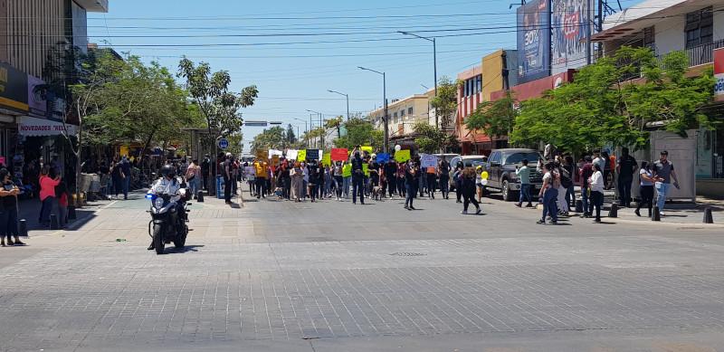 Miles marchan por justicia para Rodolfo