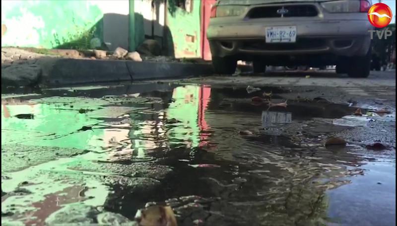 Nueva fuga de agua en la Col. 20 de Noviembre