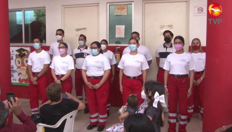 Se gradúan 15 nuevos TUM de la Cruz Roja Mazatlán