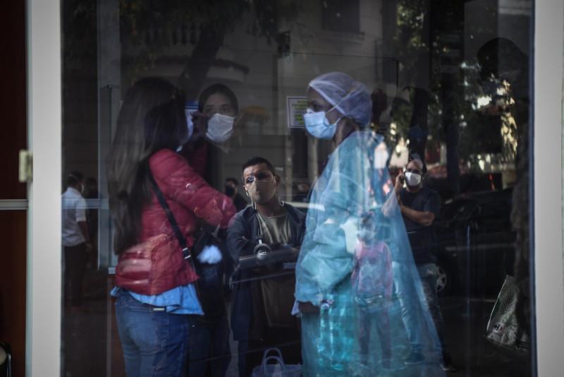 México suma 166 muertos este lunes y llega a 215 mil 113 decesos por coronavirus