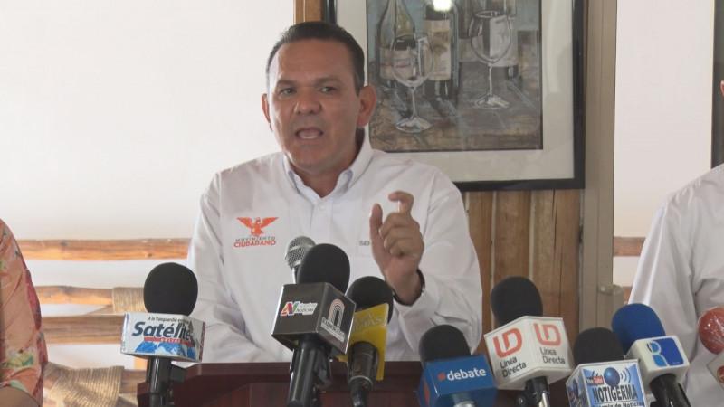 "No se gana gubernatura ""nadando de muertito"": Sergio Torres"