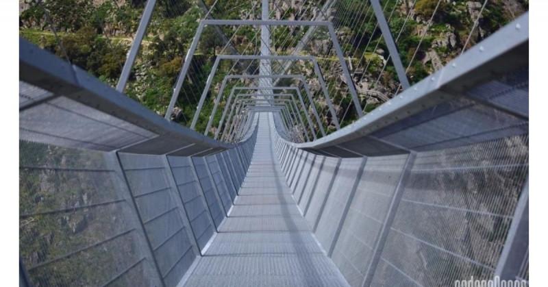 Así es el recién inaugurado puente peatonal más largo del mundo