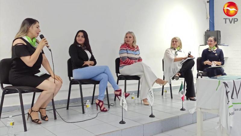 Sin detenerse la economía impulsada por mujeres en Mazatlán