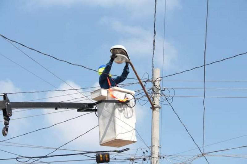 Lámparas LED sin funcionar por robo de cableado