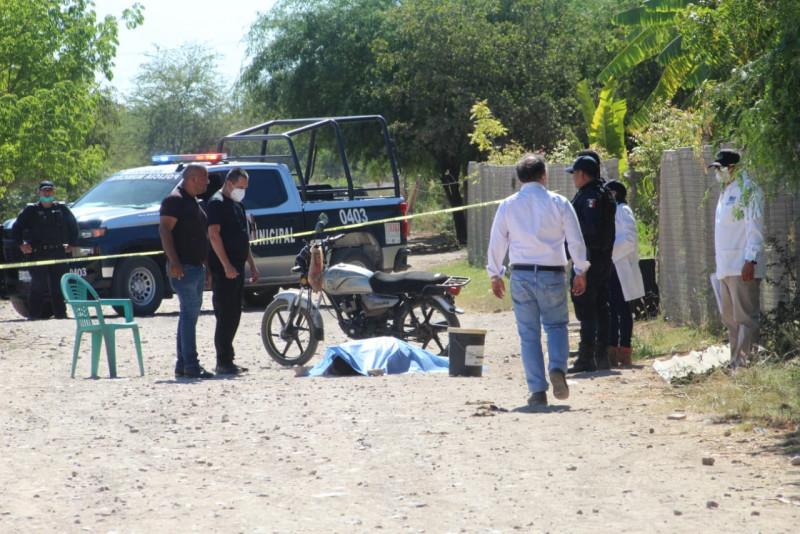 Motociclista muere tras derrapar