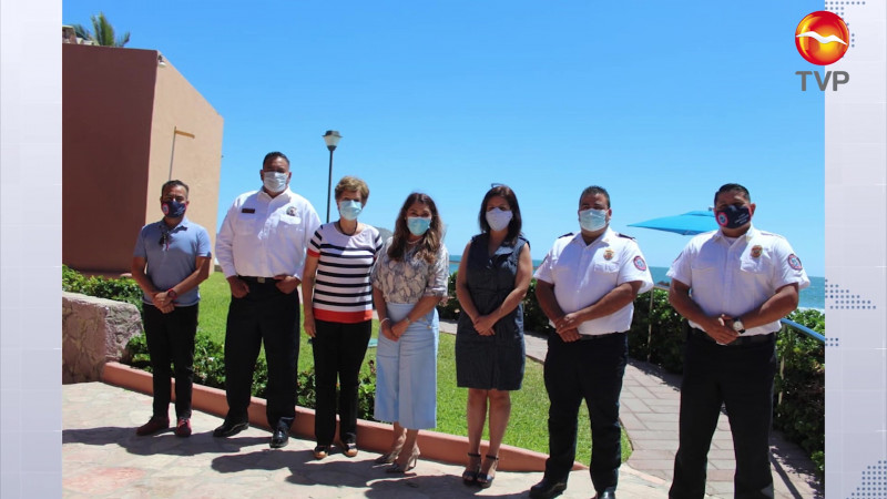 Establecen lazos de hermandad Bomberos de Durango y Mazatlán