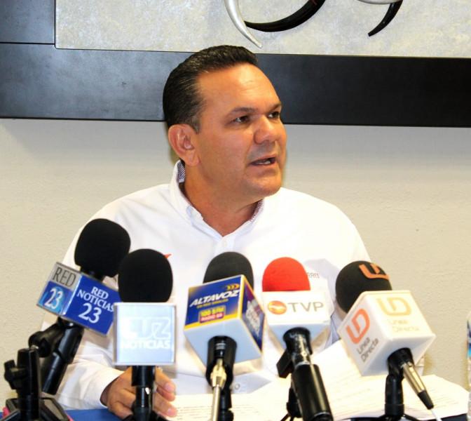 Elección en riesgo por adeudo de 52 millones del gobierno del estado al IEES: Sergio Torres