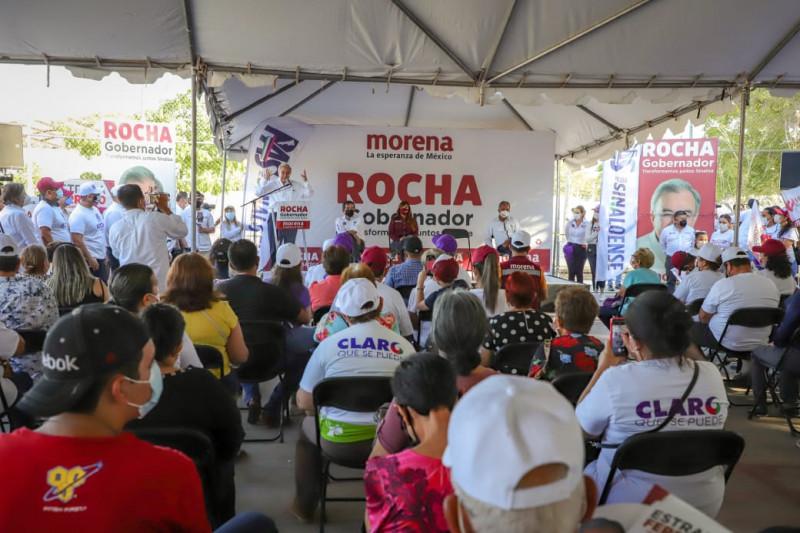 """Rocha Moya convoca a acabar con los gobiernos que prefieren """"volar"""" que caminar por las calles"""