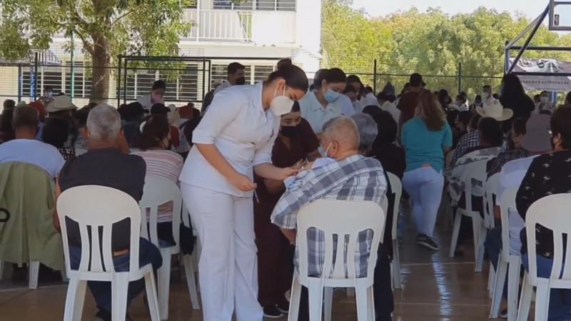 Inicia este sábado vacunación a adultos de 50 a 59 años de edad en Sinaloa