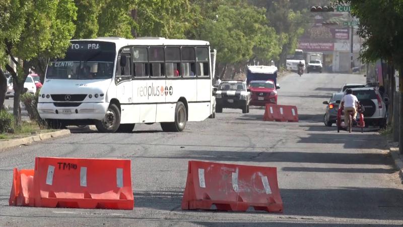 Se retrasa cierre de  avenida Gabriel Leyva y genera molestias