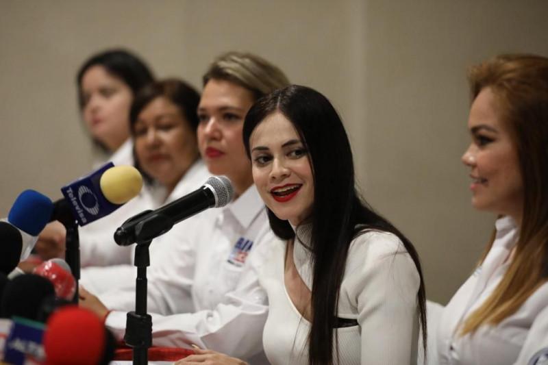 Gladys Obeso deja el partido fuerza por México, se suma a la alianza va por Sinaloa