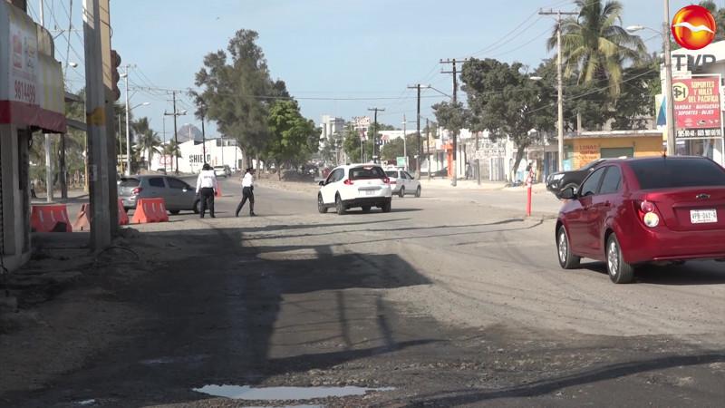 Ven lejana la renovación de la Gabriel Leyva en Mazatlán