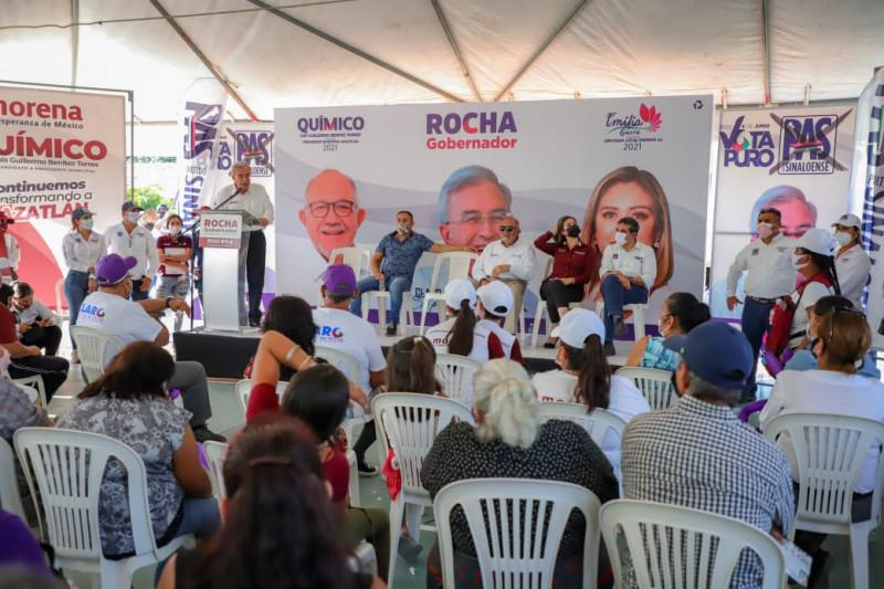 Rocha Moya implementará programas y apoyos para fomentar el arraigo entre los jóvenes