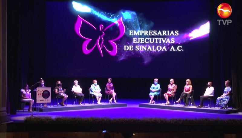 Empresarias Ejecutivas de Sinaloa A.C. reconoce a mujeres, les entrega preseas y galardón