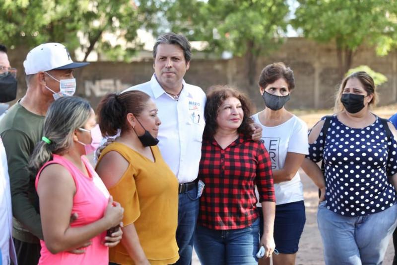 Mario Zamora hace más de 60 compromisos en colonias populares