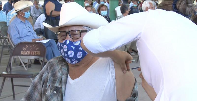 Arranca en comunidades Yaquis de Guaymas vacunación de 50 a 59 años
