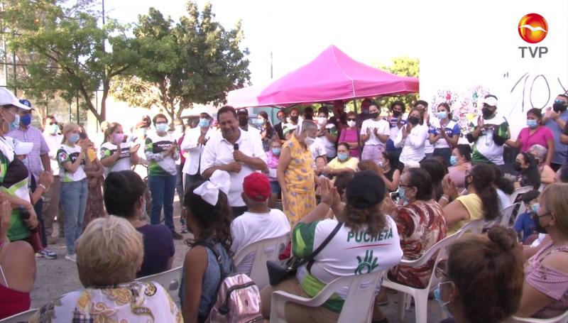 Se compromete Pucheta con habitantes de la colonia Juárez