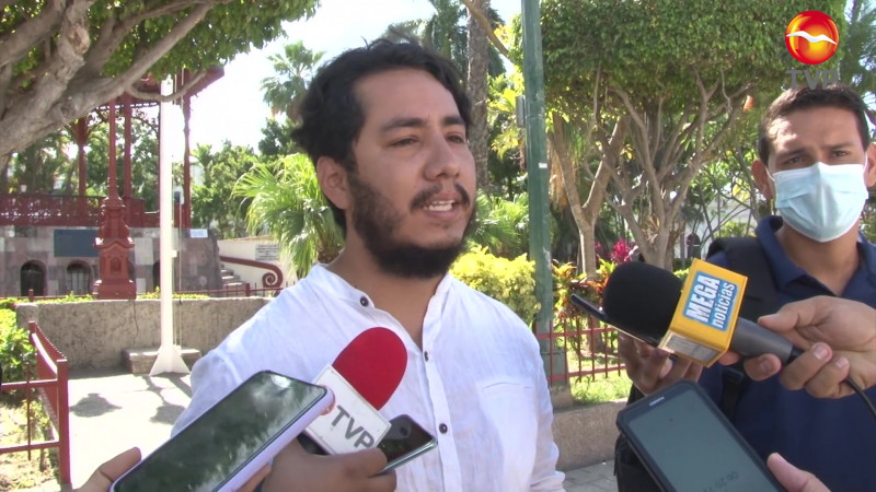 Nace del Gran Árbol en Jacarandas la 'Interacción Luciérnaga'