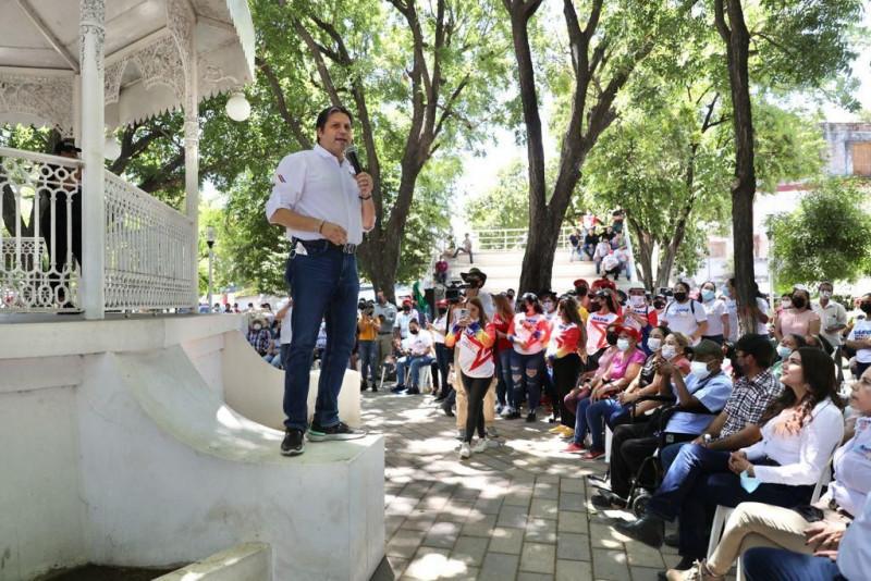 Enrique Amarillas, fundador de Morena en Badiraguato, se une a Mario Zamora*