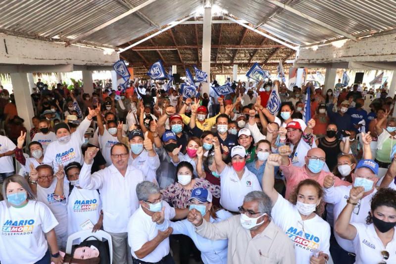 Mario Zamora saludó y llevó sus propuestas a pobladores y pequeños empresarios