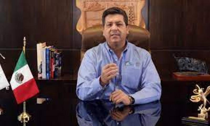 Otorgan a García Cabeza de Vaca suspensión provisional contra orden de aprehensión