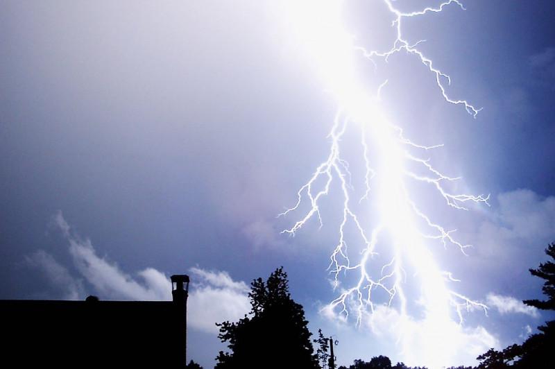 Emiten recomendaciones para prevenir riesgos en la temporada de huracanes
