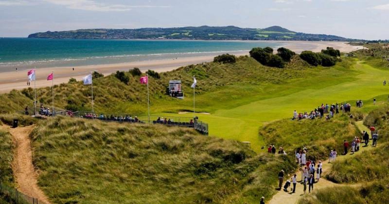 Exclusivo club de golf admite a mujeres por primera vez en 127 años