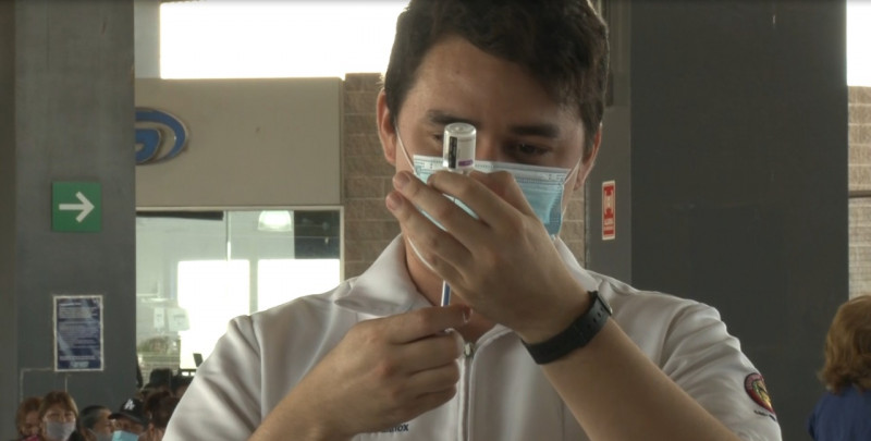 Fluídez y organización en el tercer día de vacunación en el Nuevo Estadio de los Yaquis