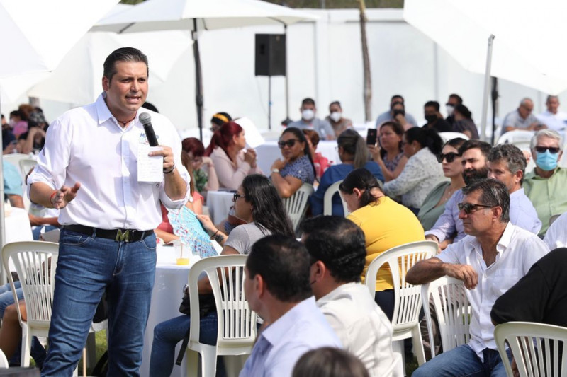 Queremos a Mario Zamora como colaborador del sector turístico: hoteleros