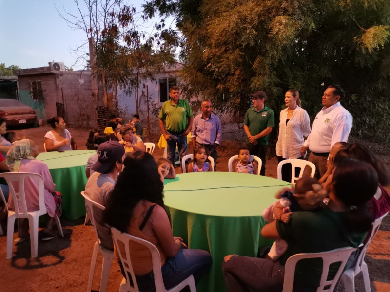 Misael Sánchez Sánchez recorre las comunidades, dando a conocer el Pacto Ambiental X Sinaloa