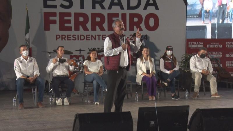 Cierra Jesús Estrada campaña  en el Teatro Griego