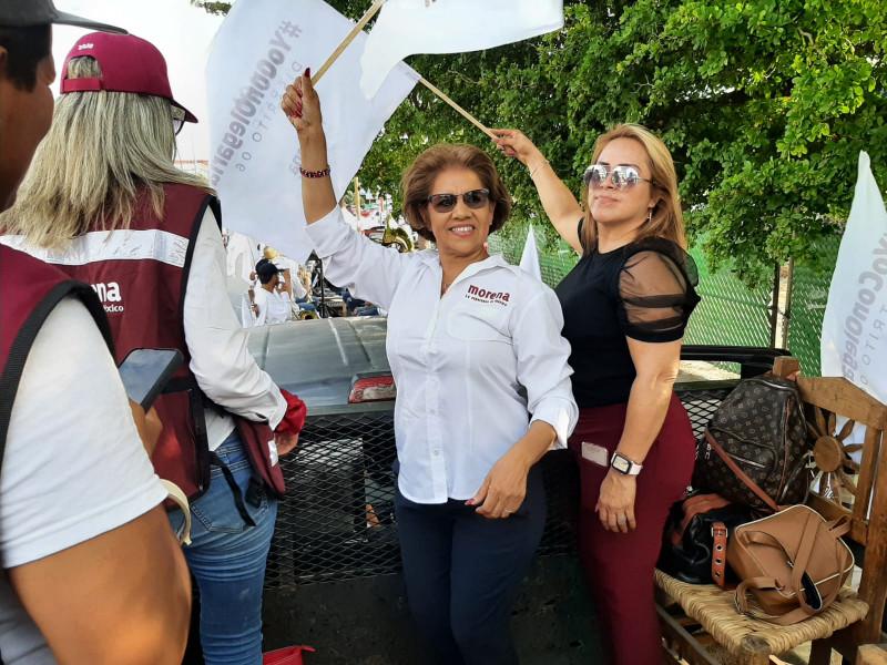 Cierra campaña en Mazatlán Olegaria Carrazco