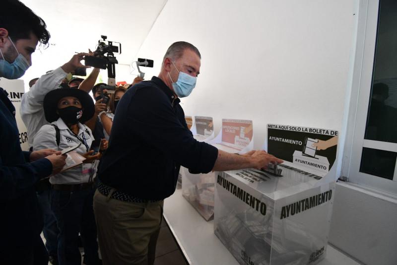 Gobernador llama a los sinaloenses a votar sin presiones