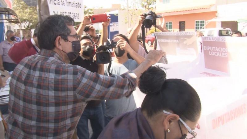 El presidente del PAS, Héctor Melesio Cuén Ojeda, se mostró optimista en cuanto fuerte participación ciudadana.