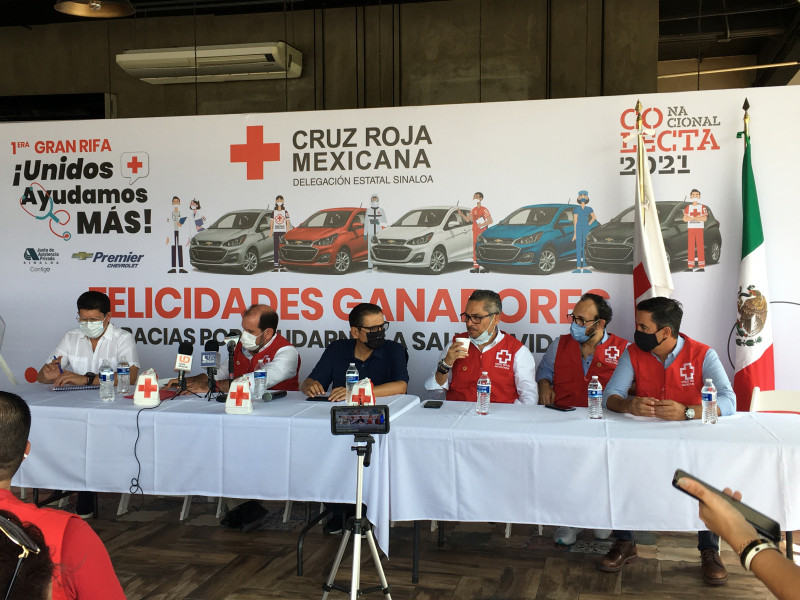 7 mdp logra recabar Cruz Roja en rifa de 5 autos