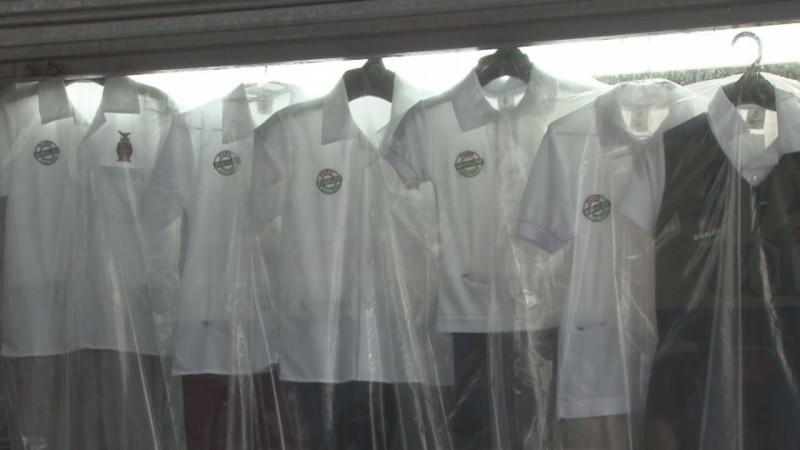 Necesario anticipo de la confección de uniformes escolares