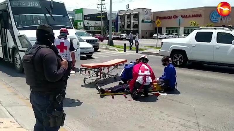 Se lesiona ciclista al accidentarse en la Rafael Buelna