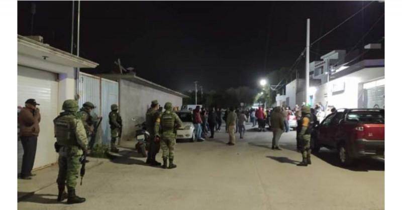 Motociclistas armados asesinan a alcalde de Hidalgo en su casa