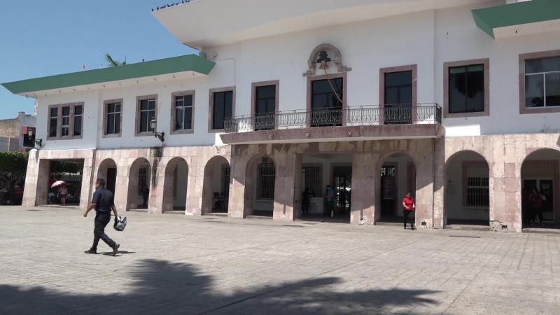 En misterio se prepara salida de funcionarios en Mazatlán